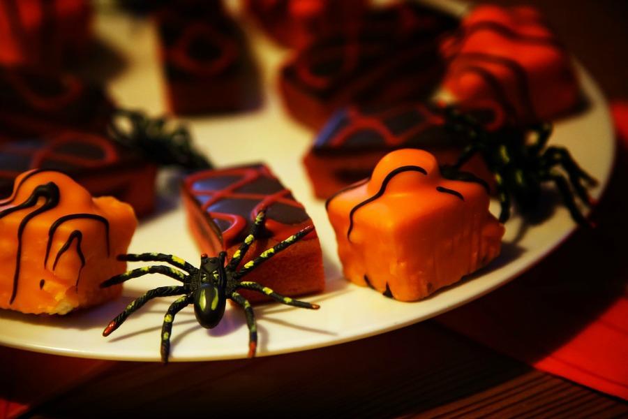 easy Halloween dinner party ideas