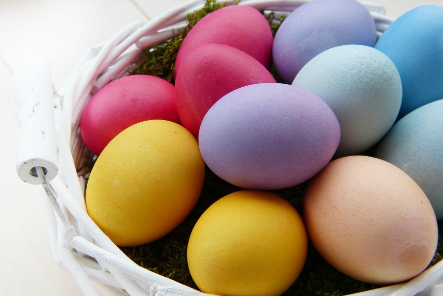 how to use natural dyes for easter eggs