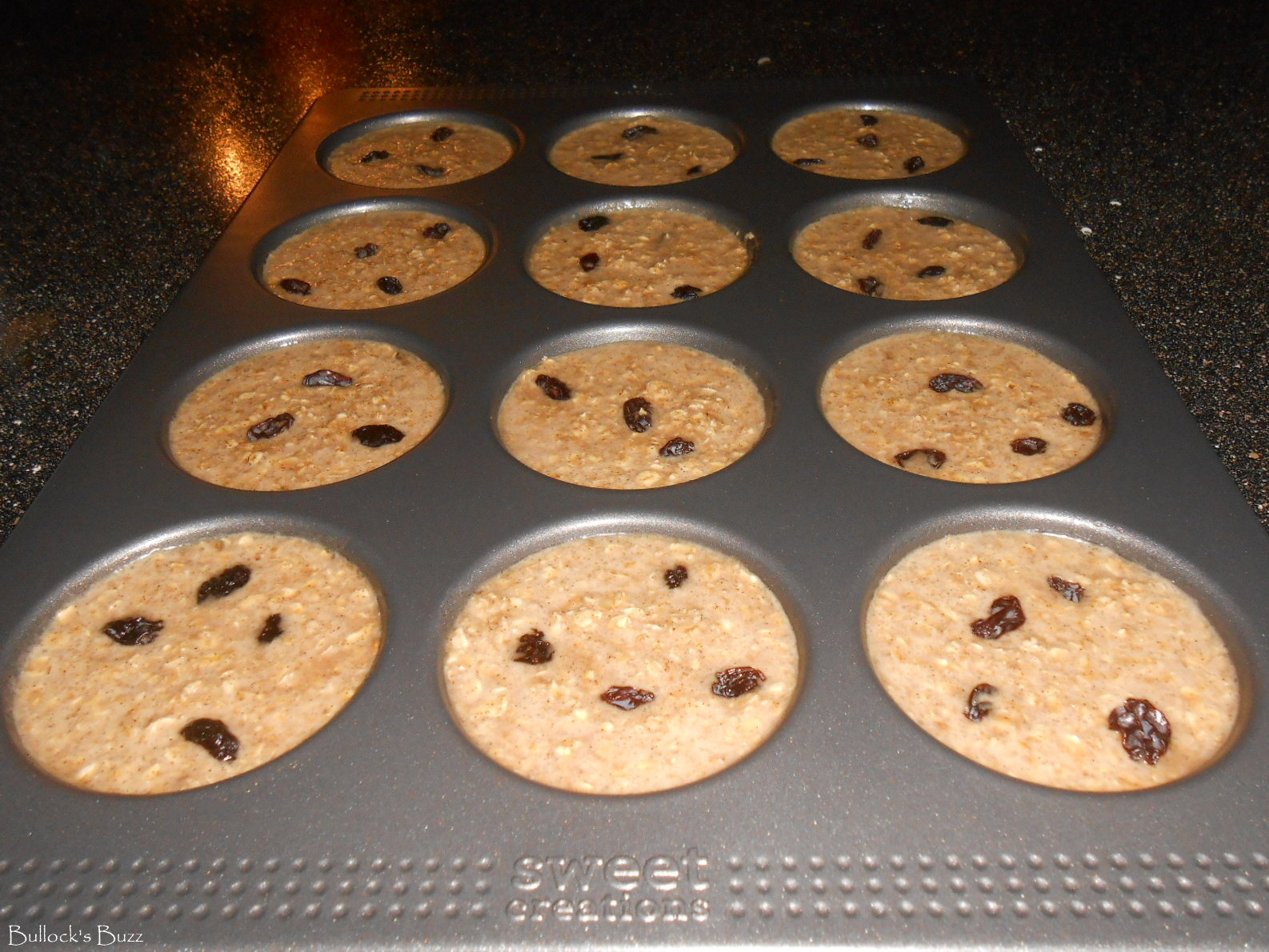 Cinnamon Raisin Baked Oatmeal Whoopie Pie Style – Good Cook Sweet Creations