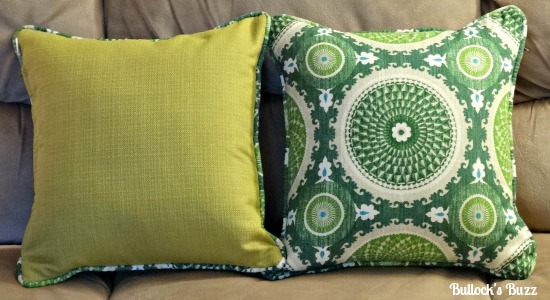 Loni-M-Designs-Pillow-Review1