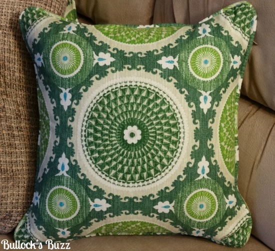 Loni-M-Designs-Pillow-Review3