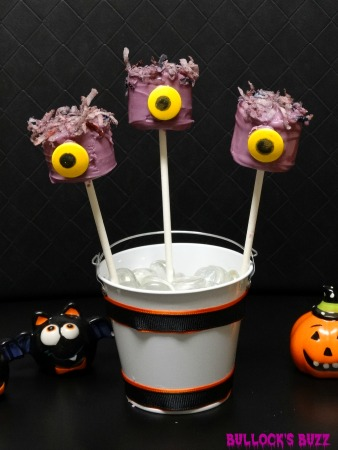 One-Eyed-Purple-People-Eater-Marshmallow-Pops-pic18