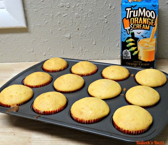 trumoo-orange-screamsicle-cupcakes-in-a-jar-recipe6