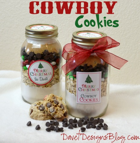 last_minute_DIY_food_gift_ideas_cookies_in_a_jar-1