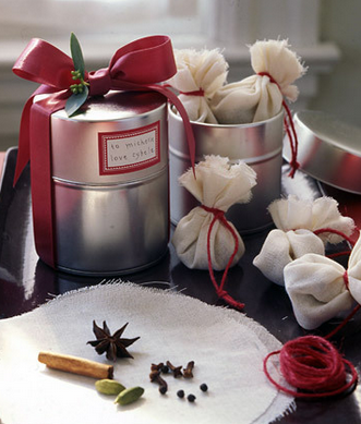 last_minute_DIY_food-gift_ideas_mulling_sachets