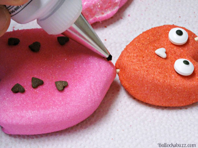 Valentine's Day PEEPS: Easy Last Minute Lady Lovebugs Treats decorate