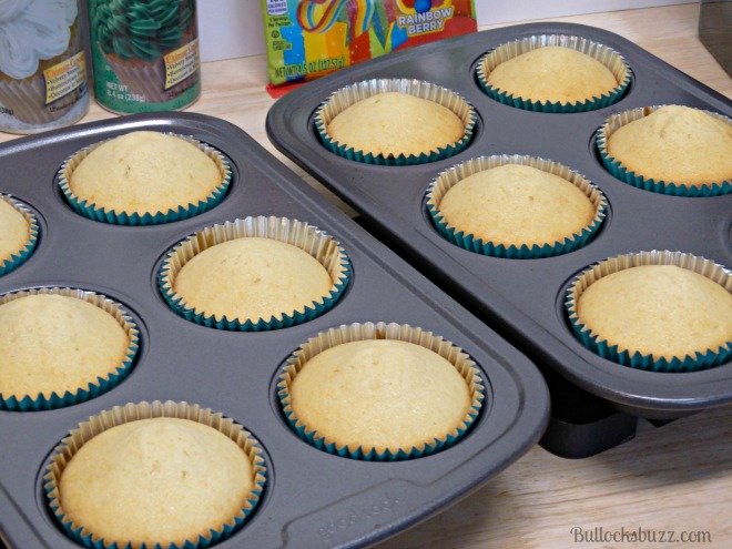 st. patrick's day pot 'o gold cupcakes cook cupcakes