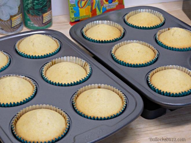 st. patrick's day Pot O' Gold Cupcakes cook cupcakes