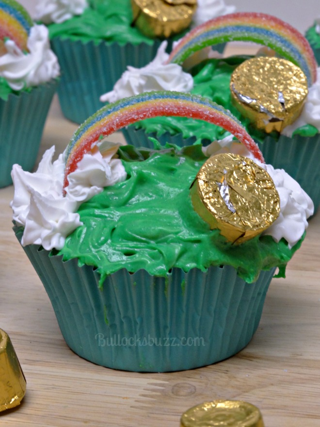 st. patrick's day pot 'o gold cupcakes step five insert rolo candy