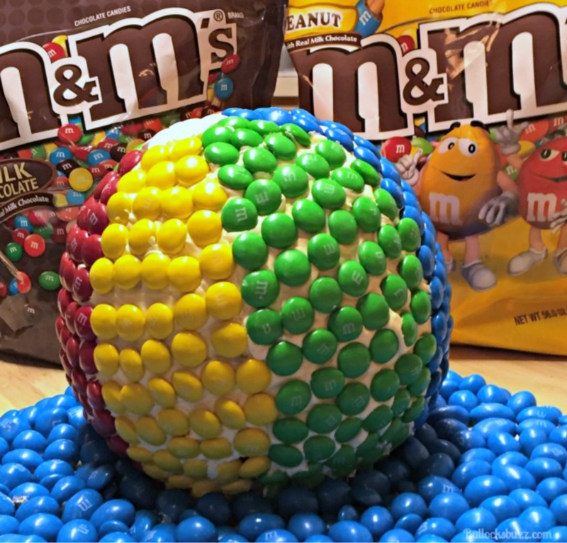 Beach Ball Cake with M&Ms finished 1