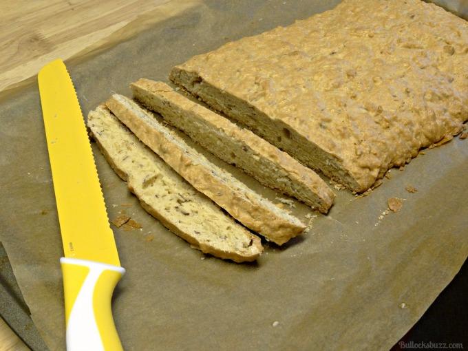 biscotti mccafe slice into half inch slices