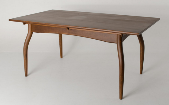 reproduction_furniture