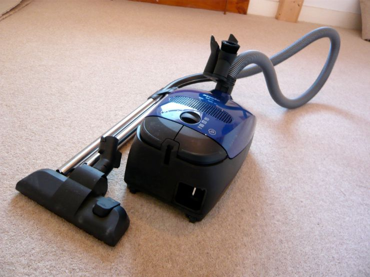 7 Vacuum Cleaner Issues You Can Handle Yourself main image