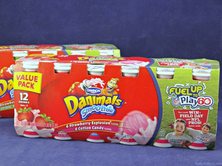 Sports Themed Lunch have-a-ball-sports-themed-lunch-with-free-printable-note-dannon-danimals