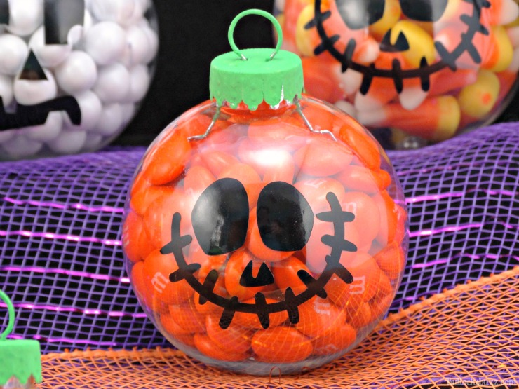 DIY Halloween candy ornaments M&M pumpkin two