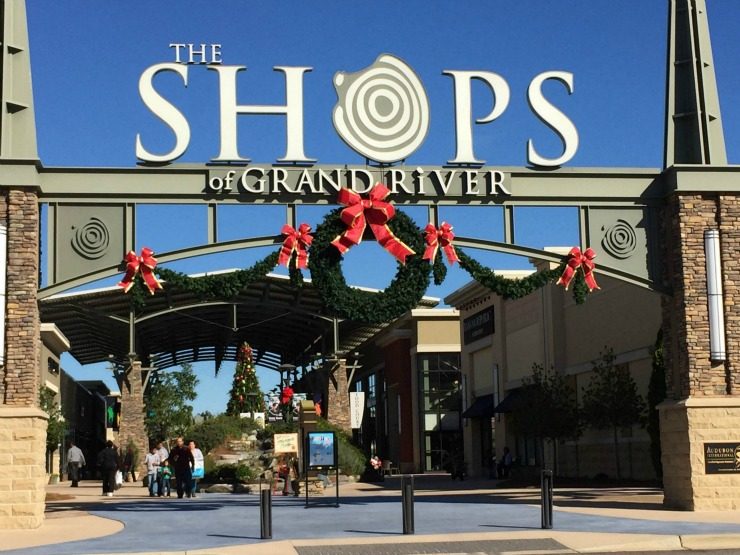 The Outlet Shops of Grand River front entrance