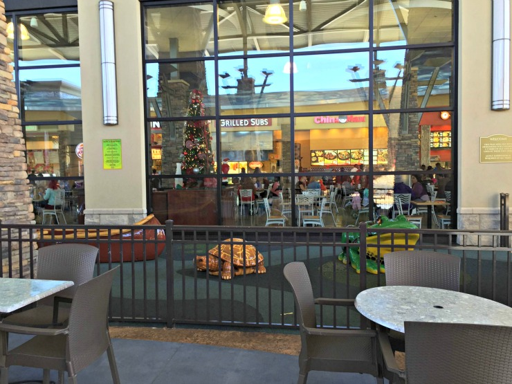 The Outlet Shops of Grand River food court with play area