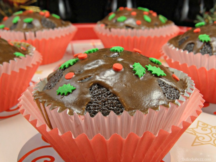 coca cola christmas cupcakes and craft holidays decorate as desired