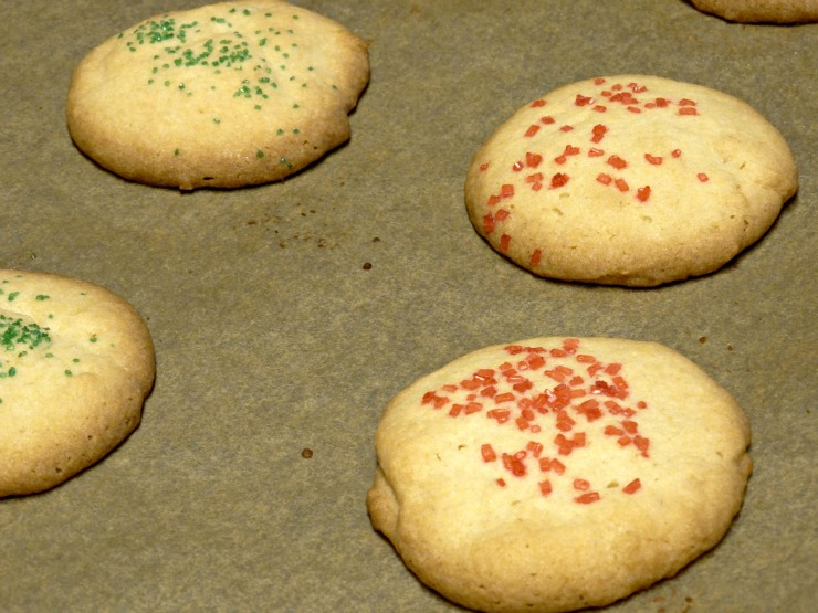 vanilla butter cookies Glade Winter collection remove from oven