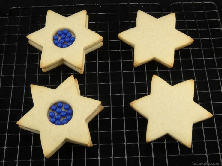 star of david surprise cookies Hanukkah holiday entertaining add the candy to the middle
