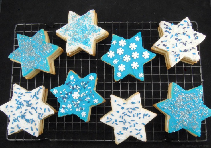 star of david surprise cookies Hanukkah holiday entertaining decorate as youd like