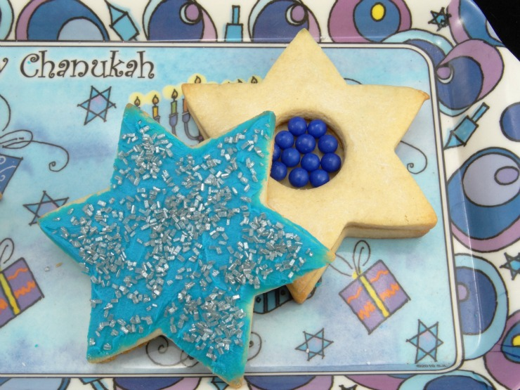 Hanukkah Piñata Cookies with candy in the middle