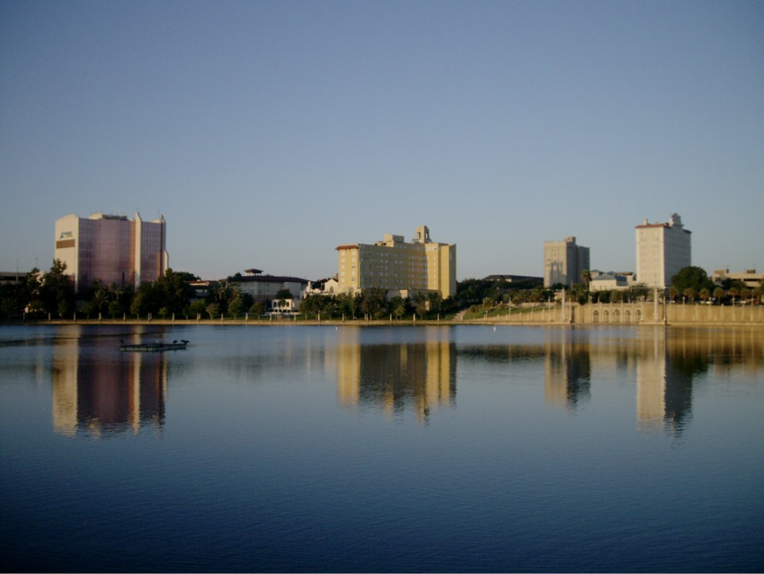 florida road trip view of hotel by lake