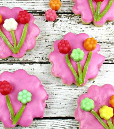 JuJu Flower Sugar Cookies Recipe – A Mother's Day Treat!