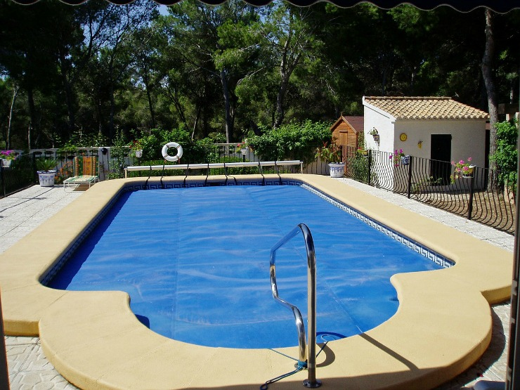Learn How To Double The Value Of Your Home Right Now pools
