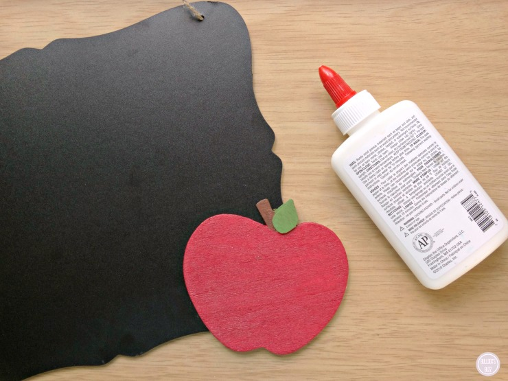 DIY Teacher Chalkboard teacher Appreciation Gift Teacher Chalkboard and Apple glue apple to the chalkboard