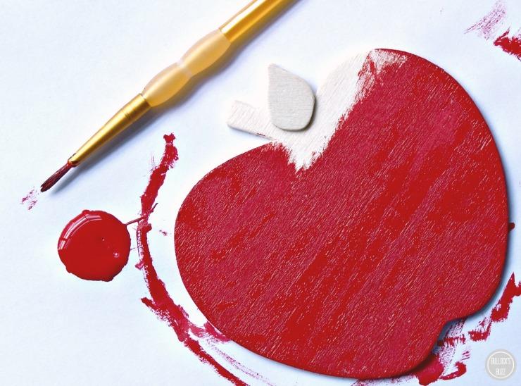 DIY Teacher Chalkboard teacher Appreciation Gift Teacher Chalkboard and Apple paint the apple