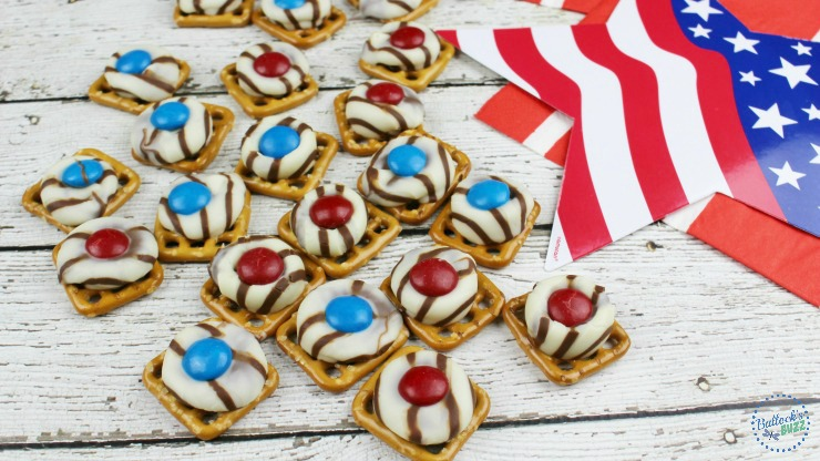 most popular posts of 2016 Patriotic Pretzel hugs