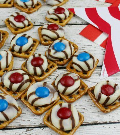 Patriotic Pretzel Hugs – Sweet, Salty and Delicious!