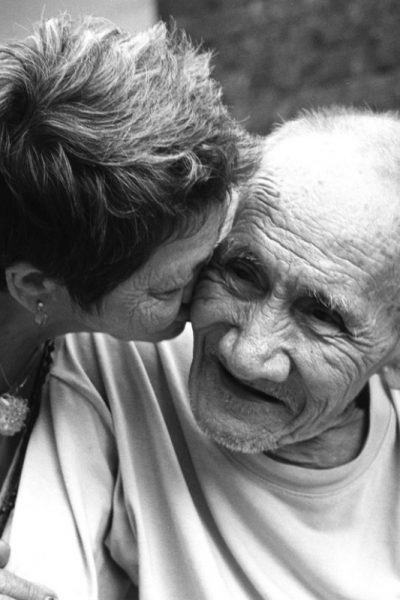 Caring For Aging Parents: What Are Your Options?