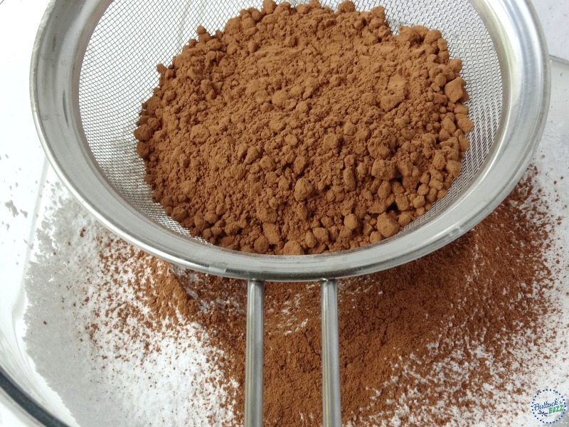 homemade-hot-chocolate-mix-sift-powdered-cocoa