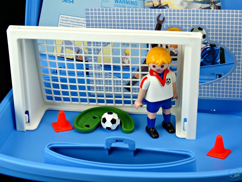 playmobil Carry Cases soccer-shootout-pieces-included