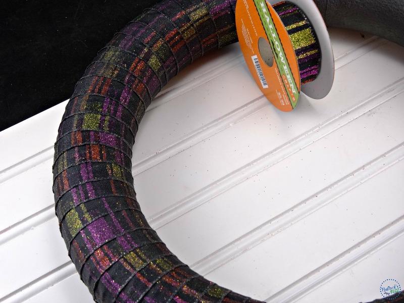 diy-halloween-wreath-wrap-ribbon-around-wreath-form