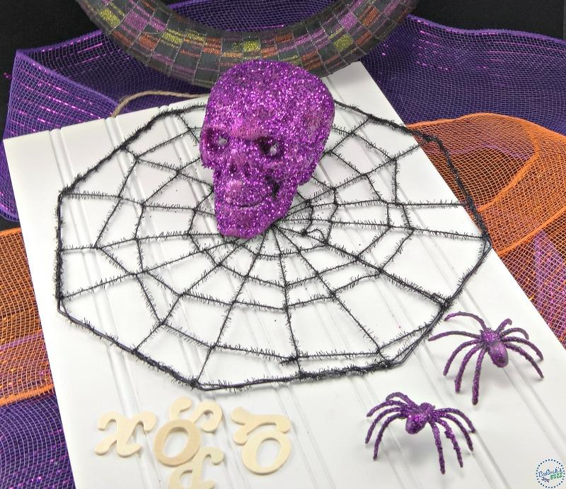 diy-halloween-wreath-embellishments