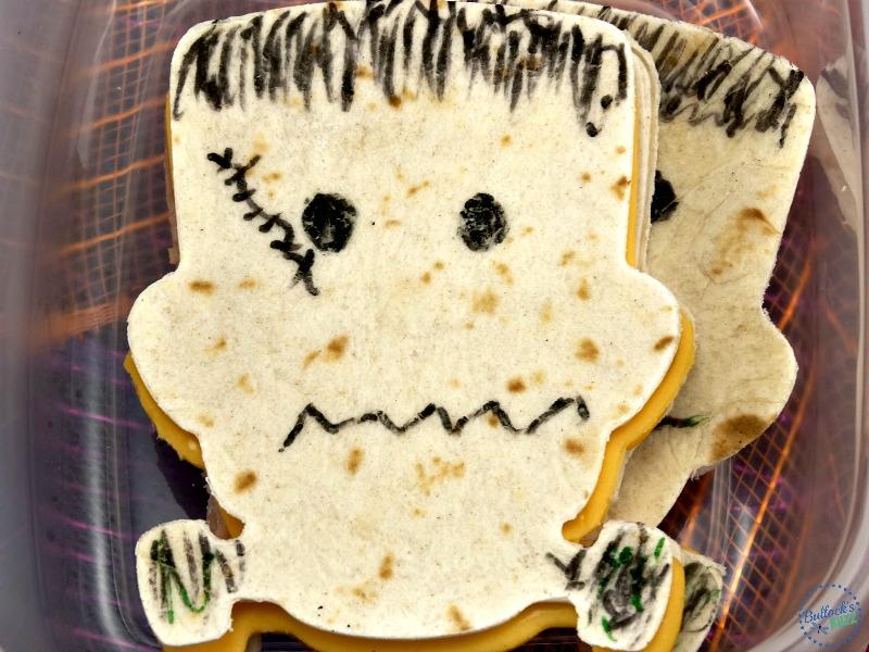 Halloween lunch box frankenstein-sandwich