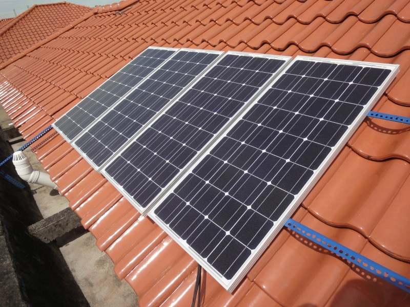 keep-your-home-warm-this-winter-with-these-eco-friendly-ideas-solar-panels