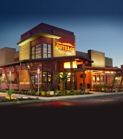 Date Night at Outback Steakhouse – 4 Reasons to Dine Out at Outback