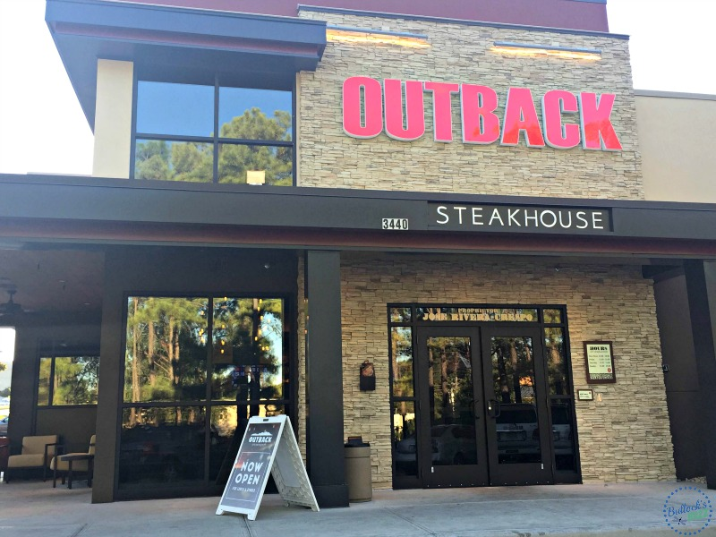 outback-steakhouse-exterior-sign