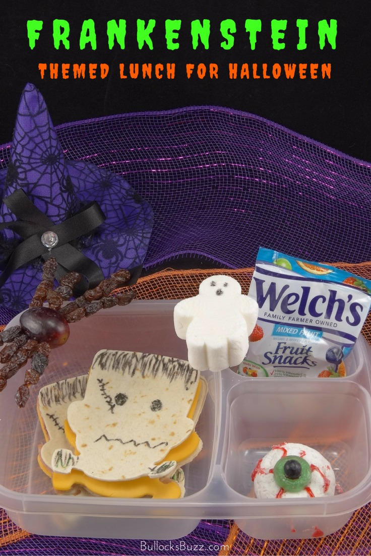 Scare up some fun with this super cute lunch idea for the kids for Halloween! Your little goblins will gobble up this spooktacular Halloween lunch box full of freaky good fun and foods!