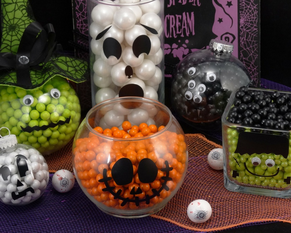 Halloween dinner party ideas - candy filled jars