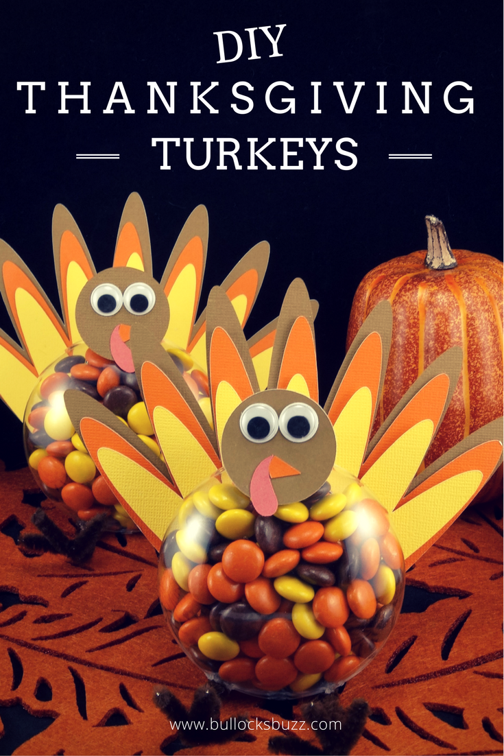 Filled with candy, these Thanksgiving Turkey treats are perfect for classroom parties, the kids' table, or you could even add a name card and use them as place holders at your Thanksgiving feast! #DIY #crafts #ThanksgivingCrafts #cricut