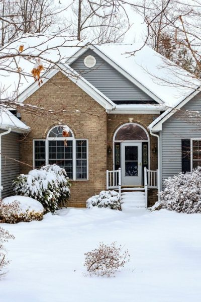 Keeping Your Home Safe When You're on Vacation This Winter: Five Essential Tips