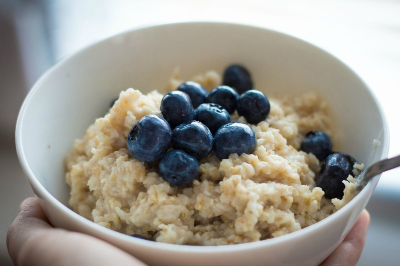 Simple Steps You Can Take To Ensure Your Kids Are Consuming A Healthy Diet breakfast
