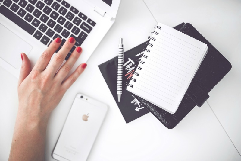 Start A Blogging Business main image