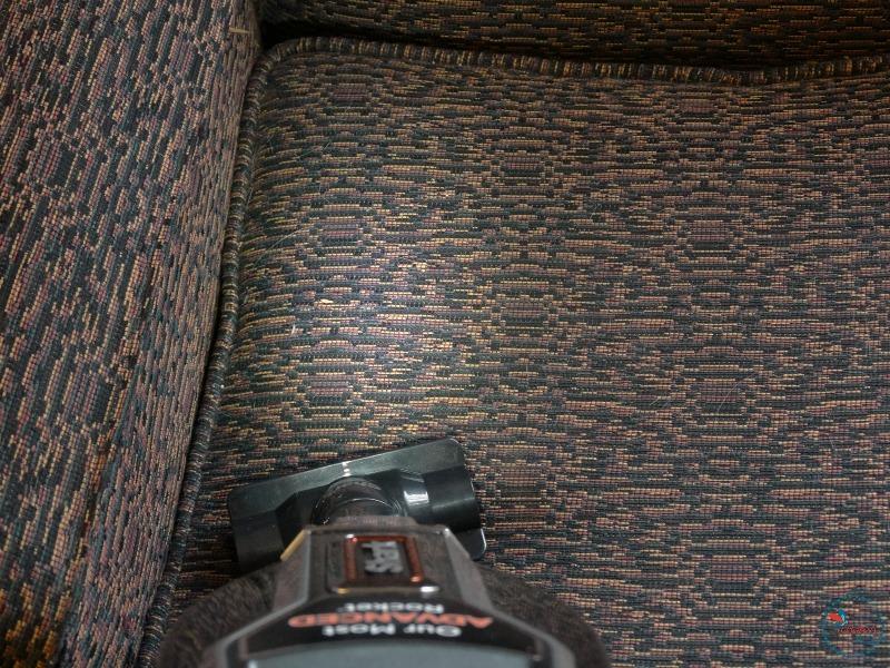shark-rocket-complete-duo-clean-upholstery.jpg