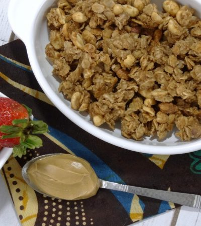 Peanut Butter and Jelly Granola – A Homemade Granola Recipe